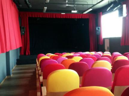 Il teatro Nuovo Melograno di Senigallia