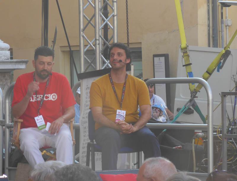 Lercio e Spinoza.it sul palco di Caterpillar