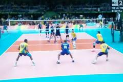 Un momento della finale di volley tra Italia e Brasile alle Olimpiadi 2016 di Rio de Janeiro