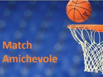 Basket, incontro amichevole