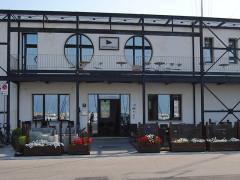 La sede del Club Nautico Senigallia, presso il porto Della Rovere