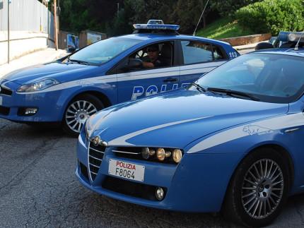 Le auto della polizia, pantere, 113, forze dell'ordine