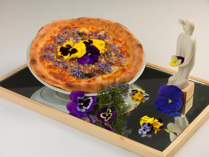 """Pizza al piatto """"colori e profumi di un territorio"""" - ricetta di Gianluca Passetti"""