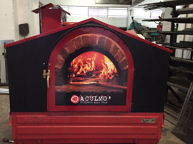 Il Pizza Taxi della pizzeria alla pala Aculmò di Senigallia