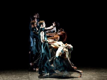 """Lo spettacolo """"Tosca X"""" della compagnia Artemis Danza"""