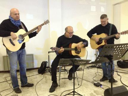 Musica in carcere ad Ancona: da sx Andrea Celidoni, Gabriele Carbonari e Fabio Bachetti