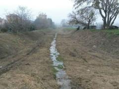 Il fosso della Giustizia a Senigallia, ripulito dalla folta vegetazione