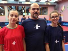 La formazione A della serie D2 del Tennistavolo Senigallia: Berluti Federico assieme a Berluti Susanna e Campanelli Matilde