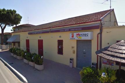La sede del circolo Arci a Borgo Bicchia di Senigallia, sulla s.p. Arceviese