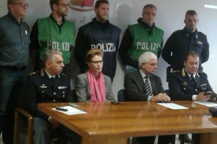 L'operazione della polizia di Stato di Ancona contro il traffico di migranti