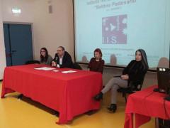 L'incontro sulla difesa personale: Roberto Paradisi all'Ipsia di Senigallia