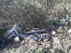 I rifiuti rivenuti nella zona dell'Alderana, a Senigallia