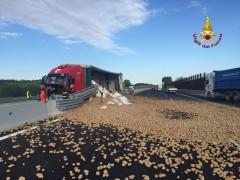 Incidente Tir sull'A14