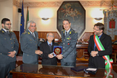 I festeggiamenti per i cento anni del finanziere di Arcevia Fausto Costantini