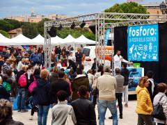 Animazione in piazza a Senigallia grazie a Fosforo, la festa della scienza. Foto di Marco Giugliarelli