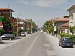 La strada statale 16 Adriatica, via Podesti, a Senigallia