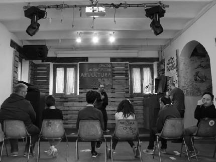 Gli artisti diversamente creativi dell'Associazione Lapsus al laboratorio di teatro con il Centro teatrale Senigalliese