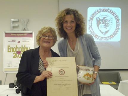 Il premio per la 35° edizione del Concorso Nazionale dell'Enohobby è stato ritirato da Laura Fagioli, dell'azienda Vigna degli Estensi