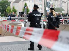 La polizia tedesca pronta dopo la spoaratoria a Monaco di Baviera, in Germania