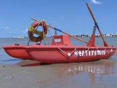Bagnini di salvataggio, salvataggio a mare