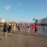 Spiaggia affollata per Irene Grandi