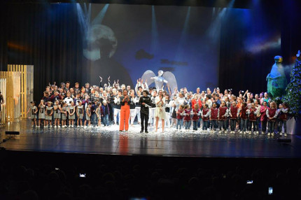 Esibizione del Nirvana Club al Teatro La Fenice di Senigallia
