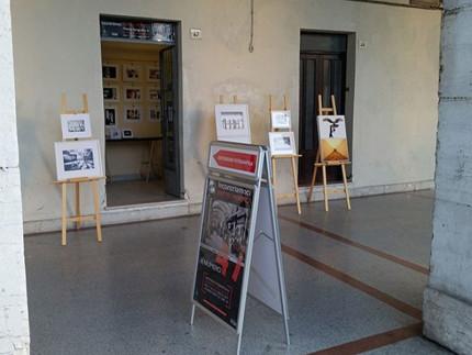 """Arte, partiti a Senigallia gli eventi di """"incontriamoci sotto i Portici"""""""
