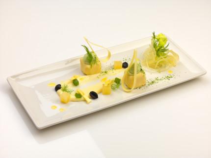 Forma di limone, sedano, mela verde ed olio extravergine d'oliva - ricetta di Giacomo Santini