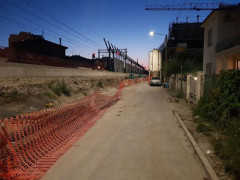 Cantiere per realizzazione barriere antirumore in via Perugia a Senigallia