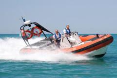 Il gommone della Guardia Costiera di Ancona