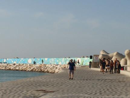 Murales di 260 metri al porto di pesaro senigallia notizie for Pomodoro senigallia