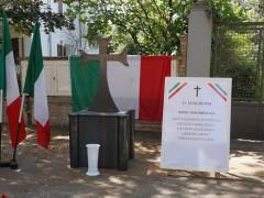 l'altare rimovibile a Ostra per ricordare le vittime fasciste della rappresaglia dei partigiani nel luglio 1944