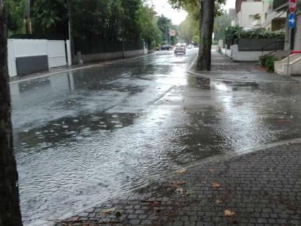 Via Capanna allagata