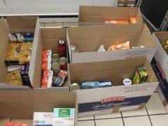 raccolta alimentare, donazione di cibo, povertà, aiuti