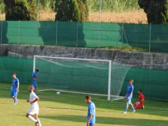 Olimpia Marzocca impegnata sul campo sportivo di Marzocca