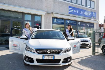 Miss Italia 2017 in tour nelle Marche, in visita presso Car Multiservice di Senigallia
