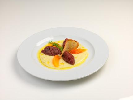 Battuta di manzo con crema di finocchi - ricetta di Daniela Cercamondi