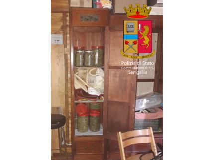 L'armadio con gli stupefacenti