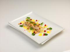 Tagliata di tacchino con indivia belga, frutta secca, citronette alle clementine e melagrana - ricetta di Andrea Prezzemoli