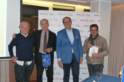 Anche il Rotary club Senigallia ha voluto dare il suo appoggio, ead una lodevole iniziativa dell'AOS