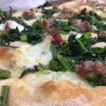 Pizza gourmet e pizza alla pala di Garage by pizzeria Aculmò di Senigallia