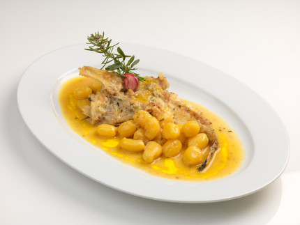 Rana pescatrice alla cacciatora con patate novelle - ricetta di Adino Messi