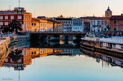 A specchio nel Misa - Foto di Carlo Torelli