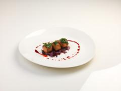 Ventresca di tonno marinata alla sapa con cavolo rosso - ricetta di Simone Belardinelli