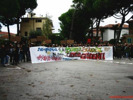 """Collettivo studentesco di Senigallia """"Come eravamo"""""""