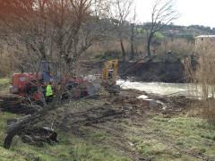 Lavori nell'alveo e sugli argini del fiume Misa in zona Vallone
