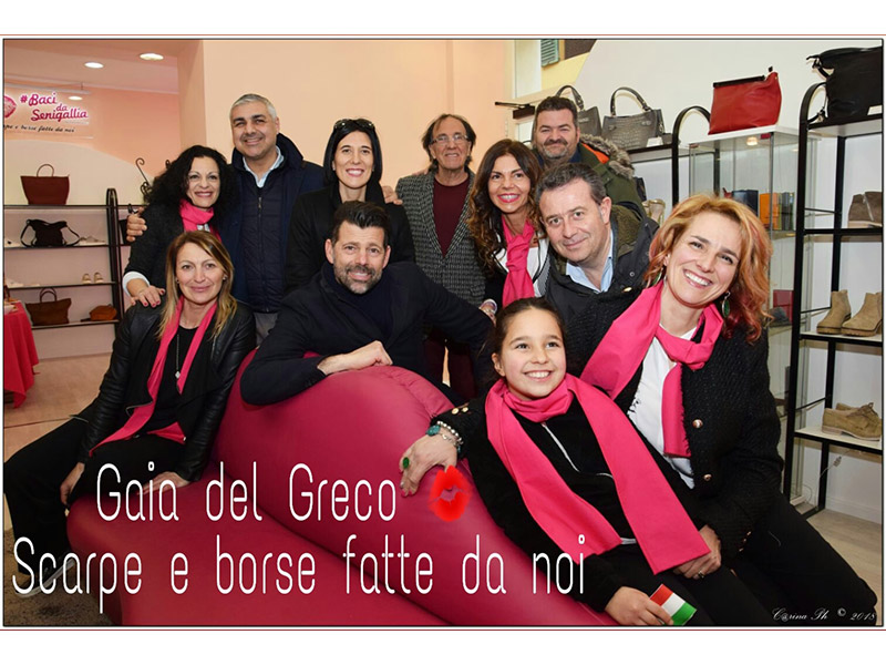 E  arrivato nel centro di Senigallia Gaia del Greco  scarpe e borse fatte  da noi - Senigallia Notizie 935ff2800418
