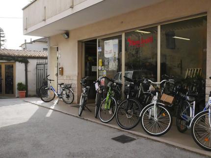 Mancinelli vendita e assistenza biciclette e bici elettriche a Senigallia