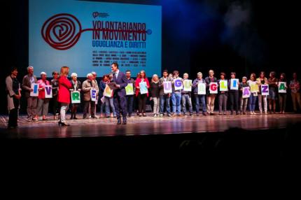 """""""Vivere con"""" al Teatro La Fenice di Senigallia"""