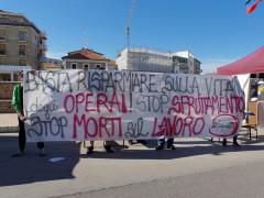 Potere al Popolo protesta a Senigallia contro morti e infortuni sul lavoro